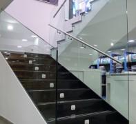 Escalera de cristal Almacenes León